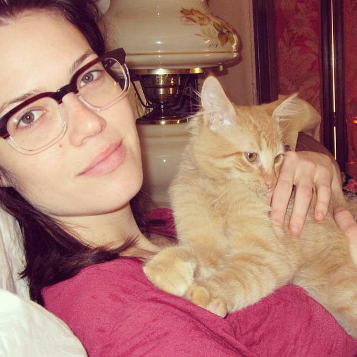 Celebrities Cats Mandy Moore cat Fig