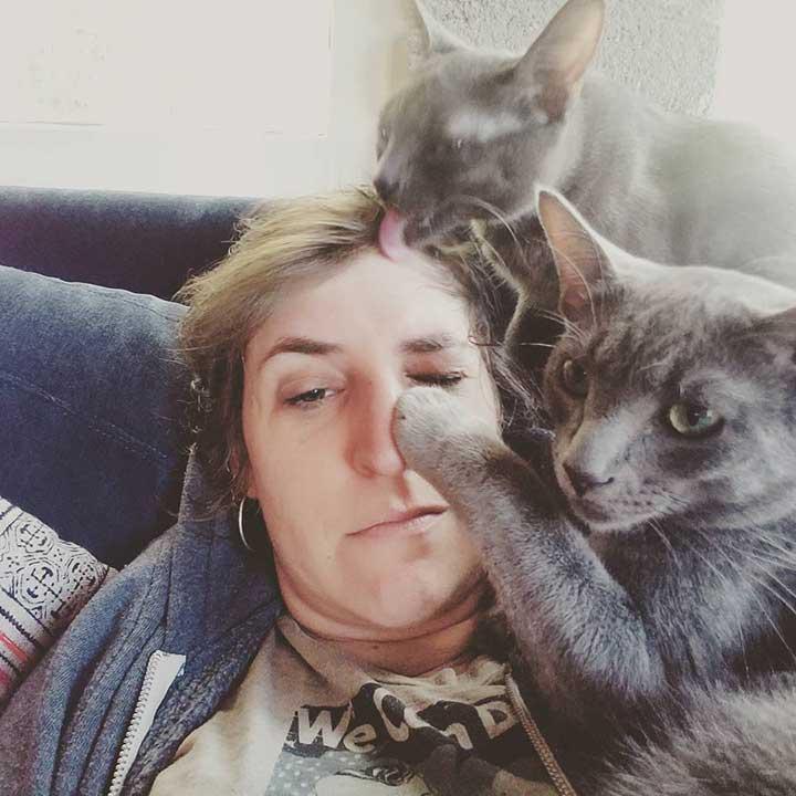 Celebrities Cats Mayim Bialik cats