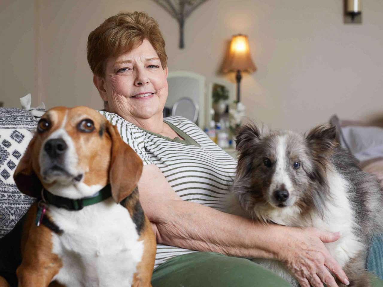 Lynn Schutzman car dogs Ex-pharmacist Homeless woman