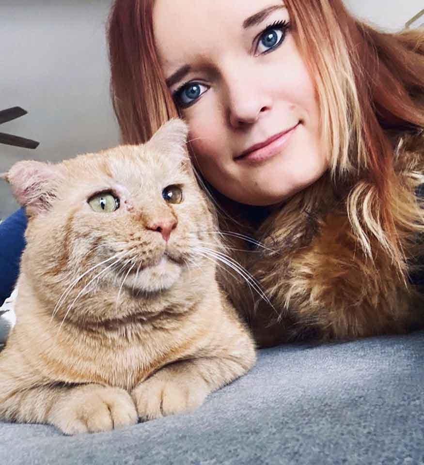 Woman friendship street cat bruce